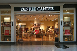 LANCASTER, PA Yankee Candle® Store