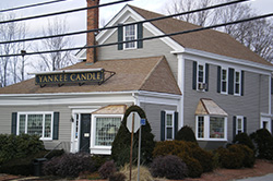 STURBRIDGE, MA Yankee Candle® Store